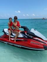Antonina Gatsuli luxusné volánové plavky biele